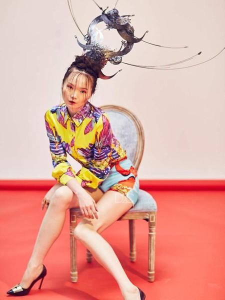 趙贝勒PRINCE ZHAO女装品牌2020春夏紫色方领连衣裙