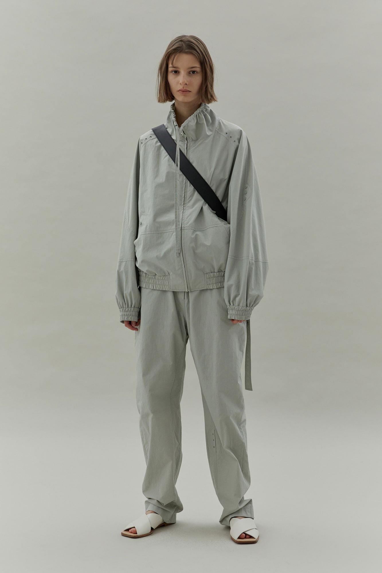 LOW CLASSIC女装品牌2020秋冬休闲BF风套装