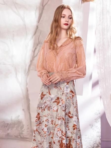 欧点OU.女装品牌2020秋季□ 浅粉色长袖上衣