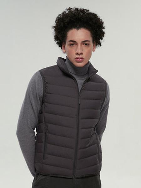 波司登羽绒羊绒品牌2020秋冬波司登2020年新款羽绒服马甲男超轻薄保暖短款轻暖外套