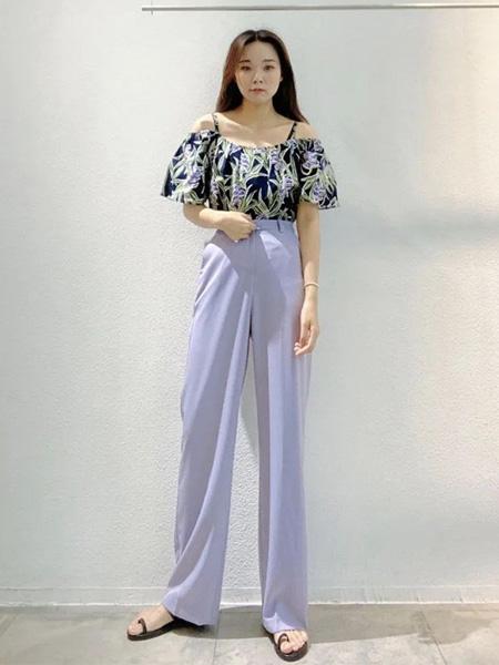HEAR ME女装品牌2020春夏露肩藏蓝色上衣紫色阔腿裤