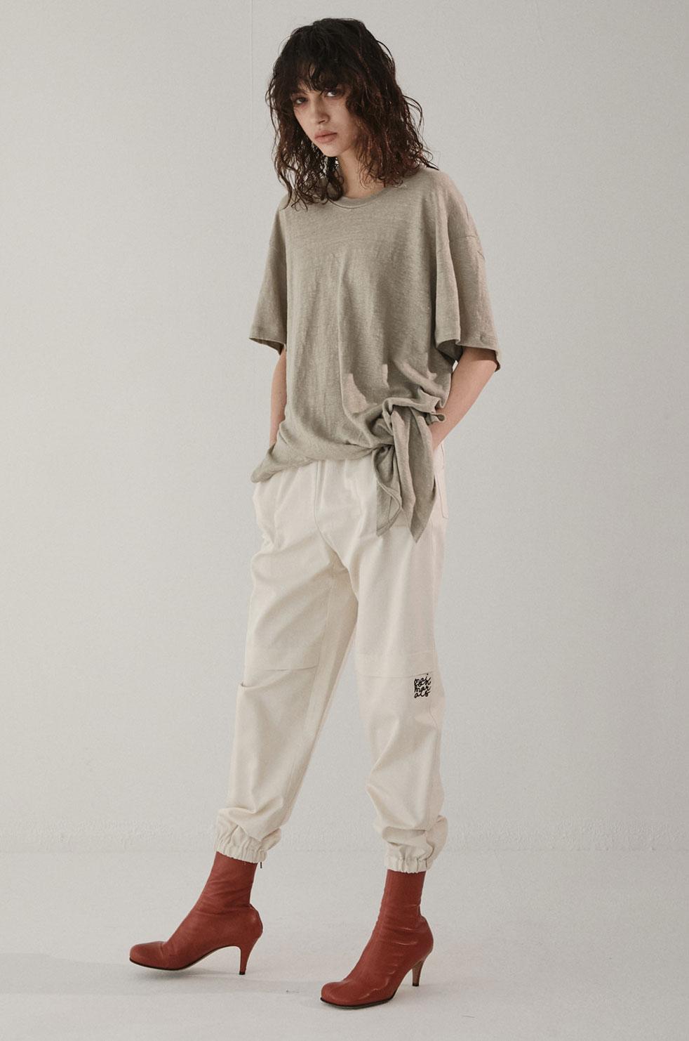 MAISON MARAIS女装品牌2020秋季慵懒风不规则T恤