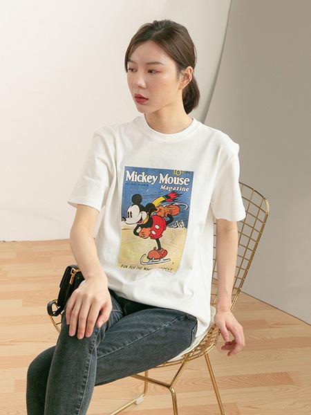 语格女装品牌2020春夏圆领米奇老鼠T恤