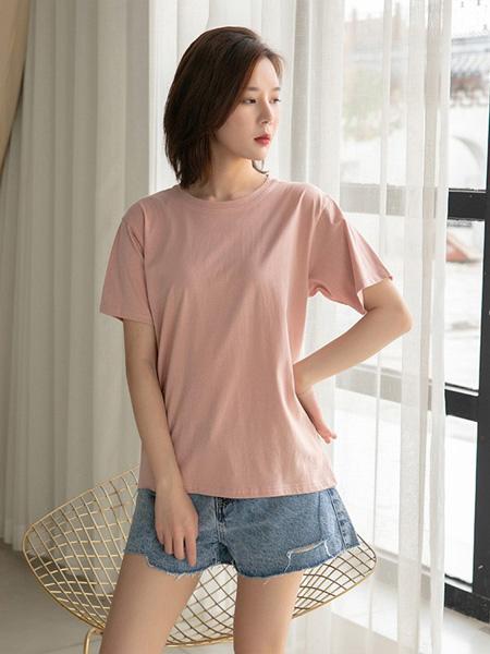 语格女装品牌2020春夏粉色纯色T恤