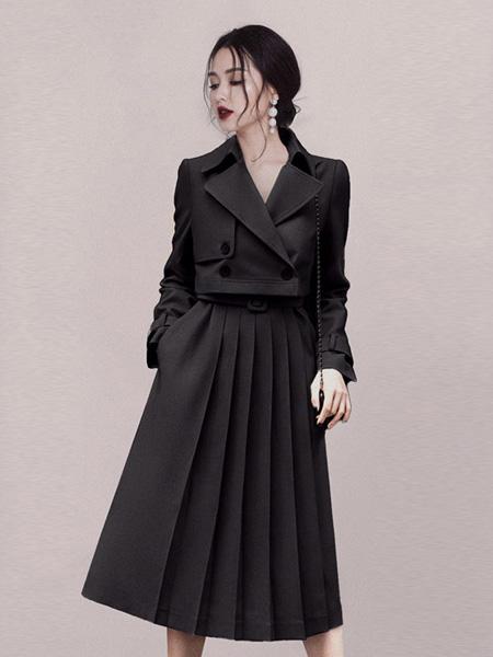HEGO女装品牌2020秋季V领黑色连衣裙