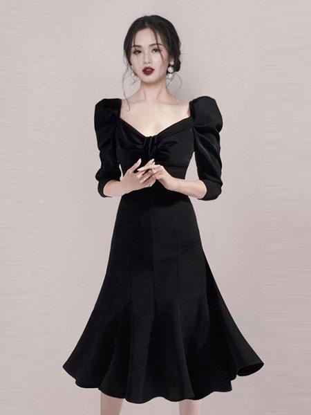 HEGO女装品牌2020秋季方领连衣裙黑色