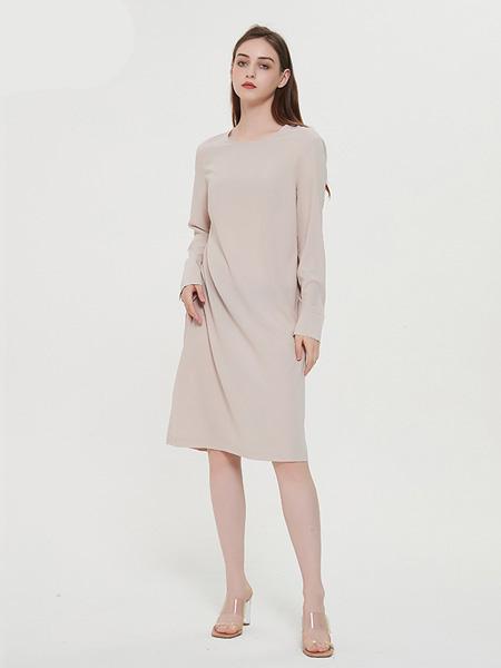 绕音女装品牌2020春夏RAOYIN绕音2020夏季新款女装 100%桑蚕丝真丝连衣裙 宽松百搭裙子