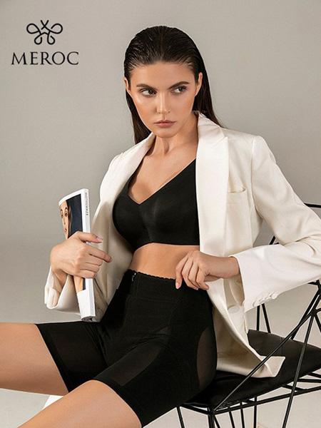 慕若芊内衣品牌2020春夏黑色运动文胸