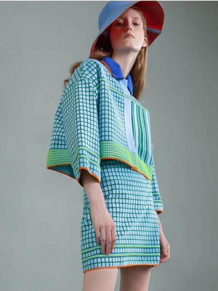 薄物女装品牌2020春夏格纹蓝色套装