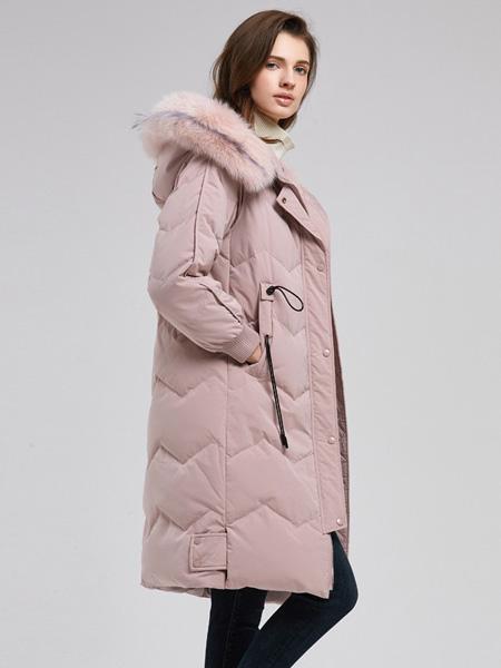 诗织女装品牌2020秋冬粉色连帽外套