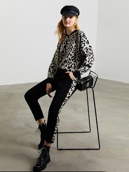 DFVC女装品牌2020秋季斑纹黑米色上衣