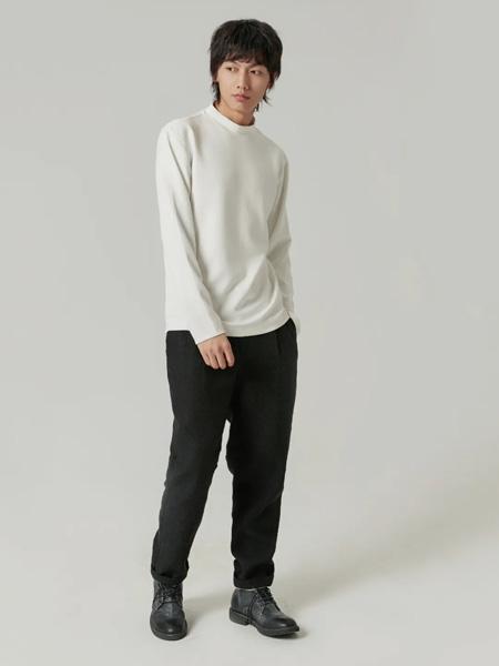 樸術男装品牌2020秋季圆领白色长袖针织衫