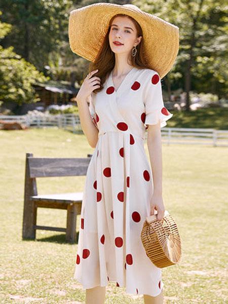 亦谷女装品牌2020春夏亦谷2020夏季新款大波点V领印花连衣裙子法式复古收腰显瘦气质