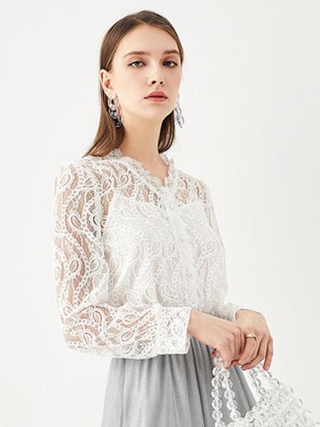 亦谷女装品牌2020春夏2020亦谷夏新款蕾丝衫女很仙的衬衫镂空时尚白色雪纺长袖上衣