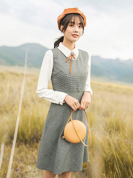 红念女装品牌2020秋季灰色格纹连衣裙蝴蝶结