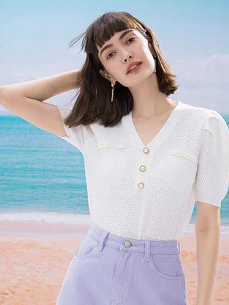 亦谷女装品牌2020秋季亦谷2020秋季新款灯笼袖防晒雪纺衫设计感小众宽松可爱上衣女潮
