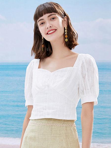 亦谷女装品牌2020秋季亦谷2020夏季新款方领泡泡袖短上衣设计感小众复古港味显瘦百搭女