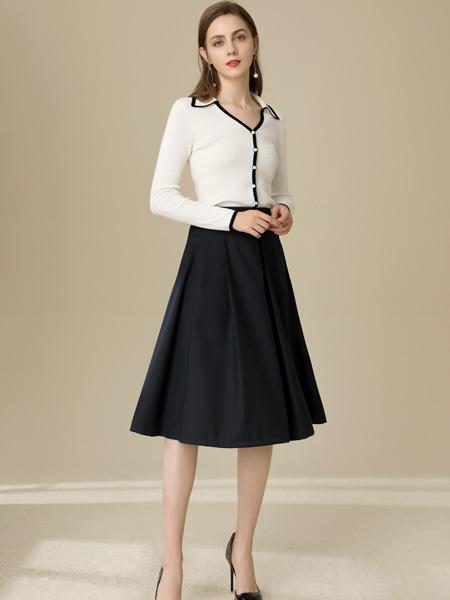 �垡郎�女�b品牌2020秋季V�I白色��衫