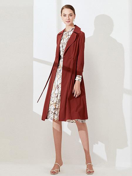 黛薇璐媤女装品牌2020秋季酒红色中长款外套