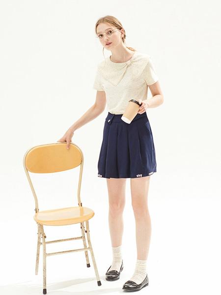 MissPatina女装品牌2020春夏圆领米色上衣