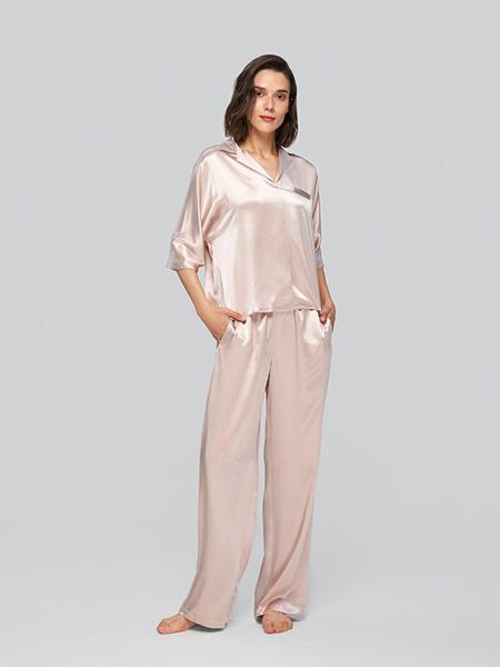 MANITO内衣品牌2020春夏浅粉色睡衣套装