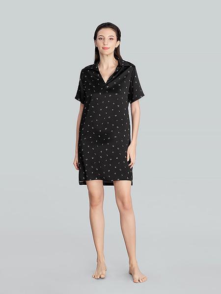 MANITO内衣品牌2020春夏V领黑色连衣裙波点