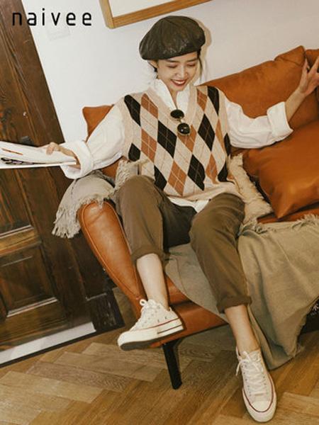 纳薇naivee女装品牌2020秋季三木博主同款naivee纳薇2020秋季新款休闲高腰牛仔老爹裤哈伦裤女