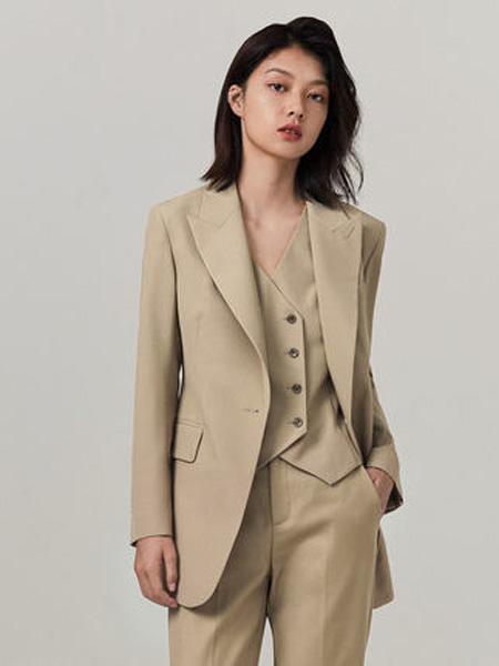 纳薇naivee女装品牌2020秋季三木博主同款naivee纳薇2020秋季职场通勤米色西装外套女