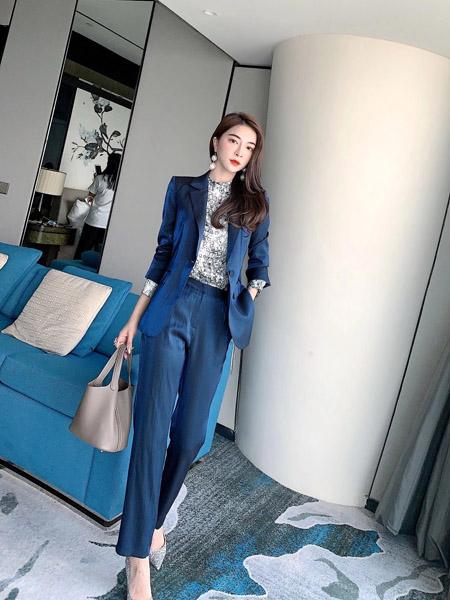 索诗妃儿SUOSHIFEIER女装品牌2020秋季深蓝色时尚西装
