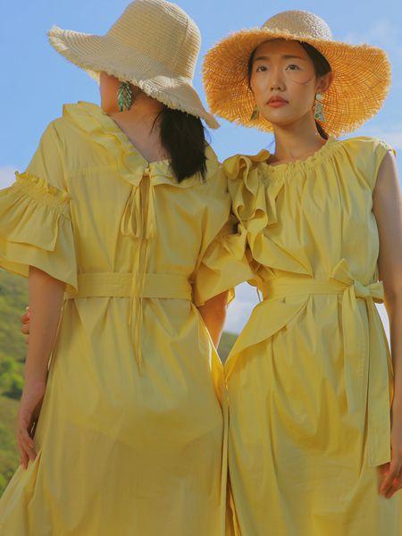 异闻女装品牌2020春夏黄色连衣裙
