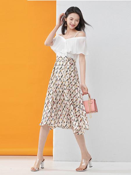 凝慧女装品牌2020春夏白色印花连衣裙