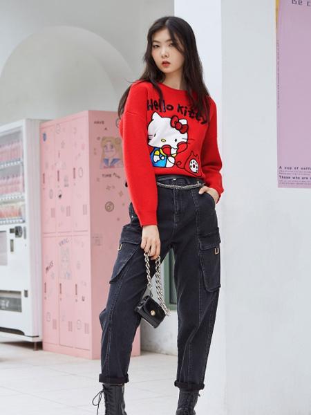 ONLY女装品牌2020秋季字母大红色卫衣