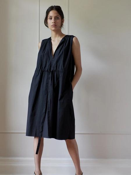 Sophie Theallet女装品牌2020秋季黑色无袖连衣裙