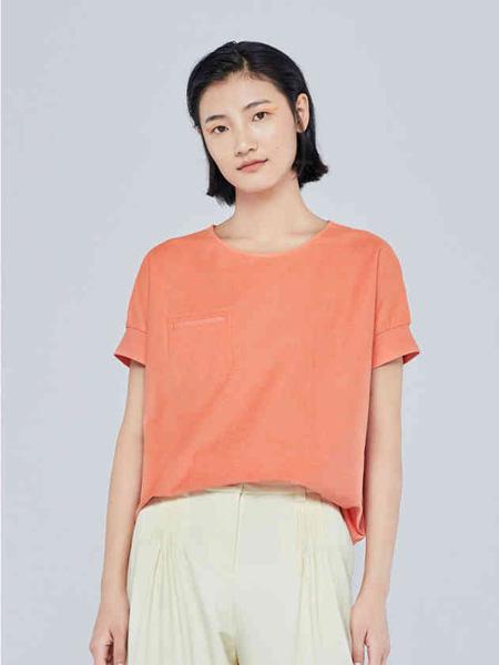 例外女装品牌2020秋季橙色休闲上衣