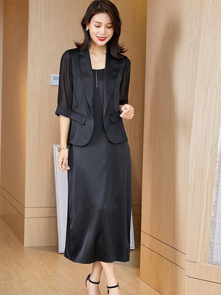 阿莱贝琳女装品牌2020秋冬黑色时尚连衣裙