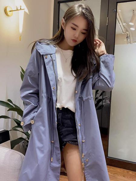 靓漫蒂女装品牌2020秋季淡蓝色时尚外套