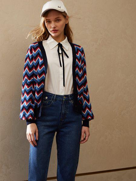 香影女装品牌2020秋季黑蓝红条纹外套