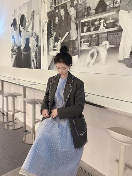 PENCIL UNISEX女装品牌2020秋季黑色休闲外套
