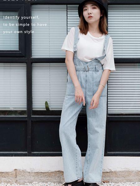 薇薇希女装品牌2020秋冬蓝色牛仔吊带裤
