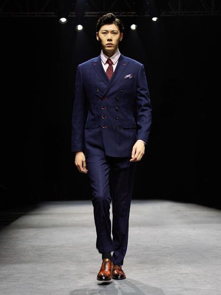 裁圣男装品牌2020秋季紫色西装套装