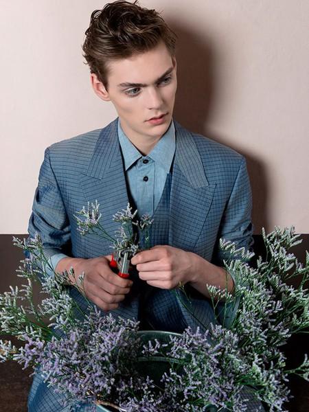 裁圣男装品牌2020秋季蓝色西装外套