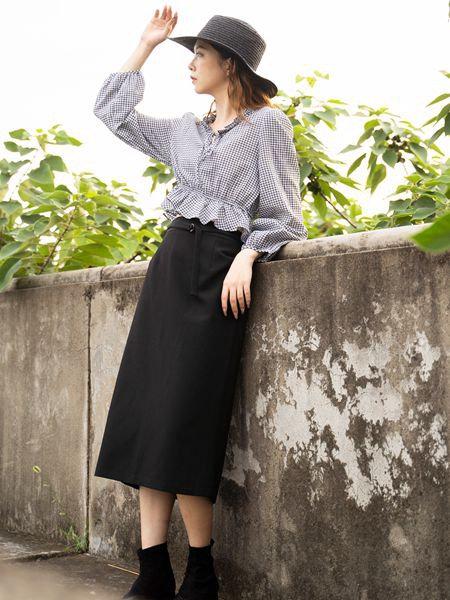 薇薇希女装品牌2020秋冬淑女半身裙