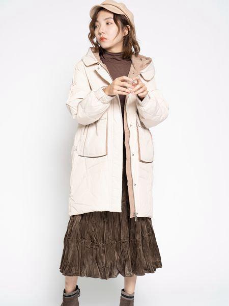 薇薇希女装品牌2020秋冬成熟中长款外套
