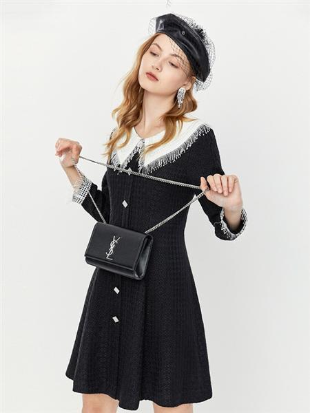 音儿女装品牌2020秋季黑色短款连衣裙