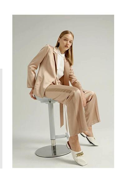吉芬女装品牌2020秋季长袖夹克