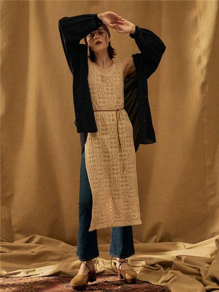 UNGRID女装女装品牌2020秋季个性黑色外套