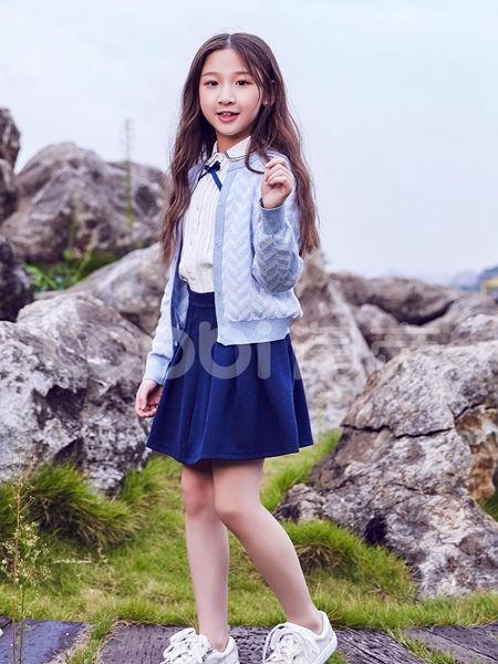 淘帝童装品牌2020秋冬蓝白条纹外套