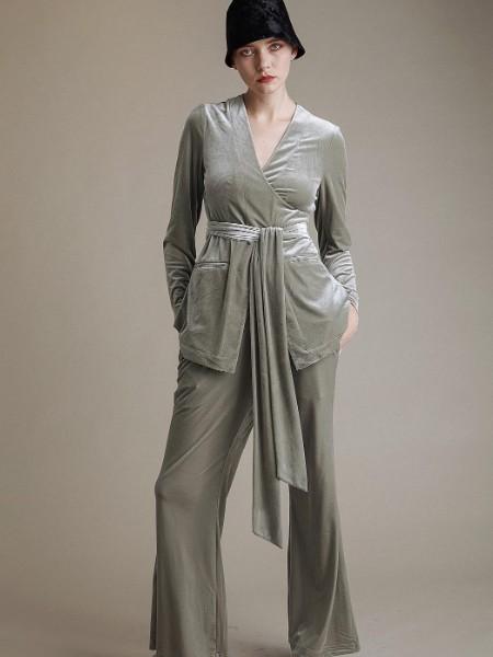 汉派大码女装艾薇儿春装英伦时尚OL通勤品牌折扣女装拿货渠道