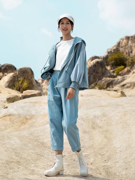 堓上女装品牌2020秋季潮流蓝色外套