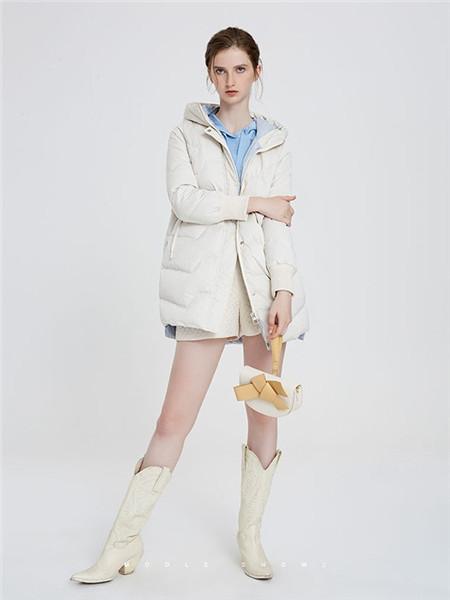 欧尚尼女装品牌2020秋冬舒适白色外套